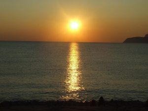 Experimental-Beach-zonsondergang-1024x768[1]