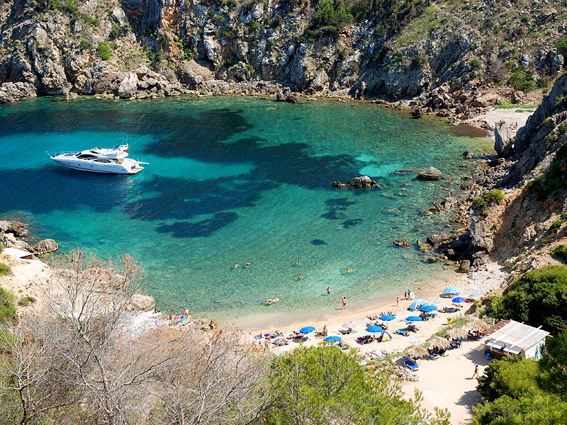 baai Cala d'en Serra