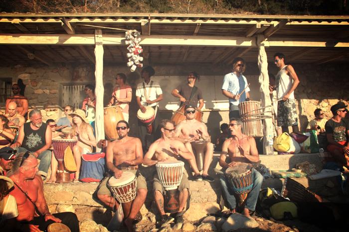 Benirras-Beach-Ibiza-Sunday-Drums16[1]